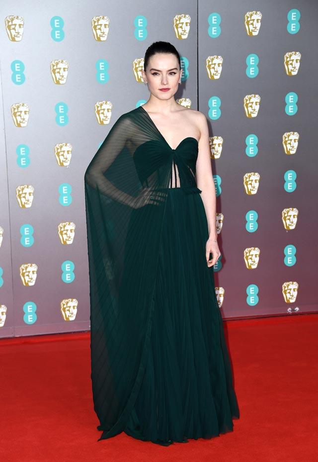 Daisy Ridley in Oscar de la Renta